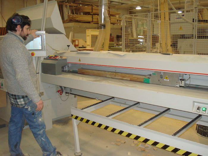 Come lavora la bergamasca falegnameria for Progettazione di mobili lavorazione del legno